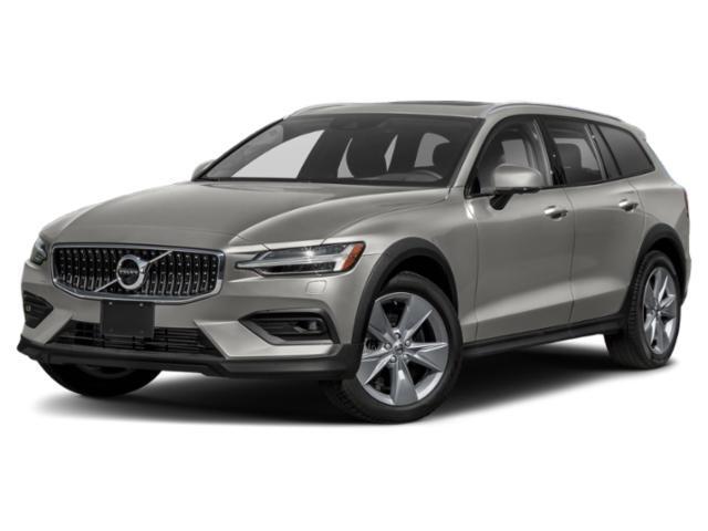 2021 Volvo V60 vs 2021 Volvo V60 Cross Country Side by ...
